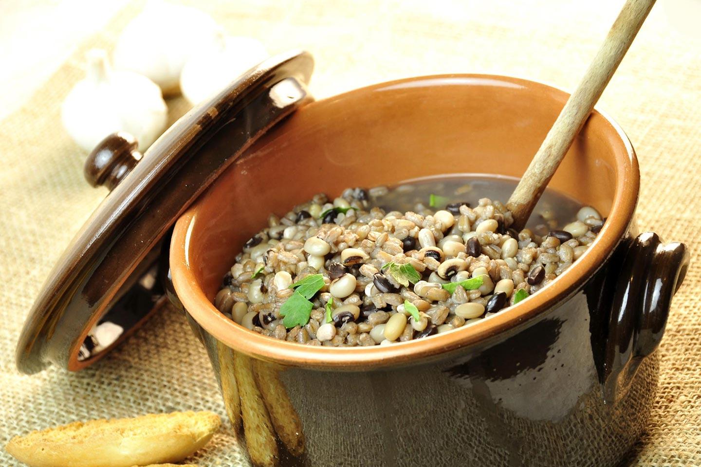 ricetta-zuppa-di-legumi-e-cereali_2ebdb1e1a8706923a1e1dfbed65cd6e0